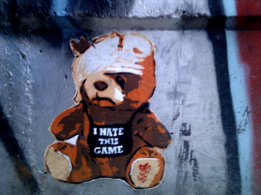 "graffiti ""I hate this game"""